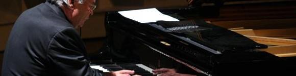(Español) El prestigioso compositor y pianista cubano José María Vitier actuará en Baleària Port