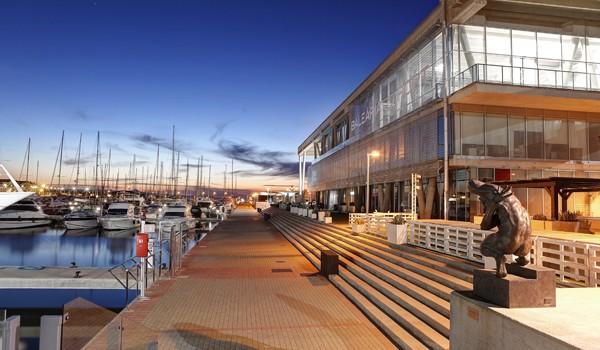 Los pasajeros valoran Baleària Port con un notable alto