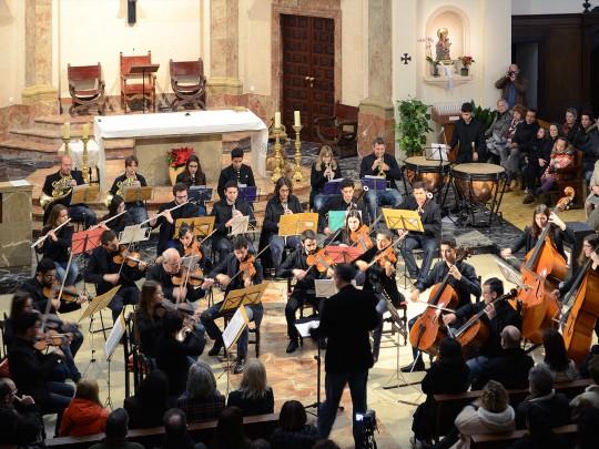(Español) La JOIB actúa en Dénia en un concierto solidario organizado por la Fundació Baleària