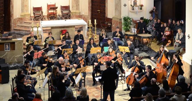 La JOIB actúa en Dénia en un concierto solidario organizado por la Fundació Baleària