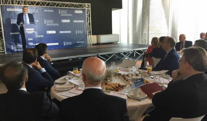 Utor reclama reinvertir los ingresos del puerto de Dénia en mejores conexiones