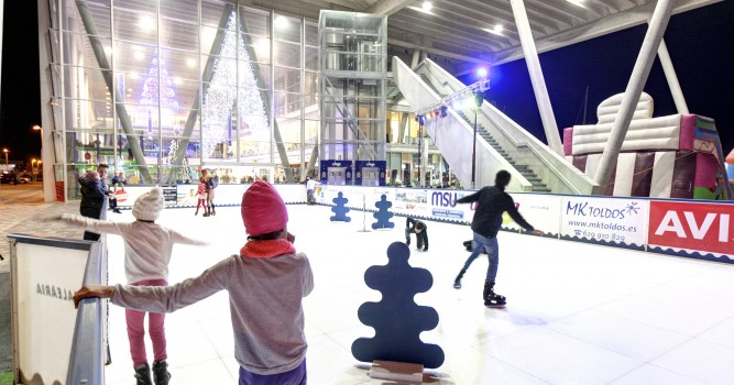 Baleària Port celebra la Navidad con actividades para toda la familia