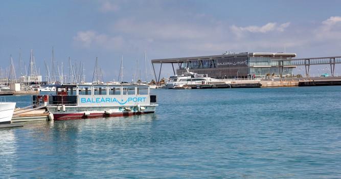 'La Panseta' de Baleària transportó 250.000 pasajeros en 2017
