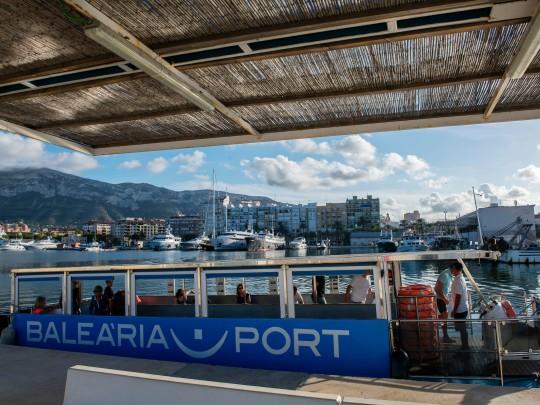 (Español) El barco solar 'La Panseta' de Baleària transportó en 2018 a 270.300 pasajeros