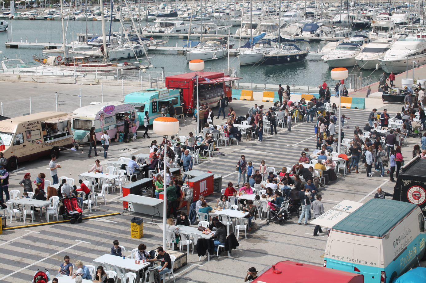 Baleària Port acollirà la fira 'Reto Food Trucks' que combina música y gastronomia