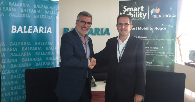 Iberdrola y Baleària promueven el uso del vehículo eléctrico