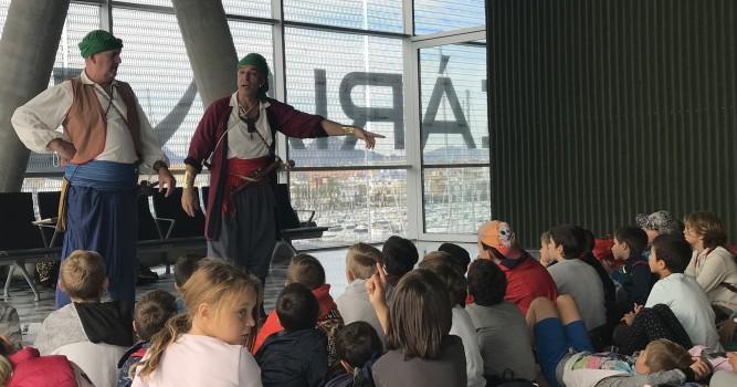 Unos 850 alumnos participan en el programa Historias de 'La Panseta' de la Fundación Baleària y el grupo de teatro Marfull