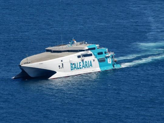 (Español) Baleària refuerza estas Navidades la ruta Dénia-Ibiza con el buque de alta velocidad 'Jaume III'